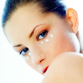 Маскируем недостатки кожи вокруг глаз