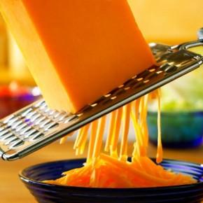 Сыр чеддер: за и против