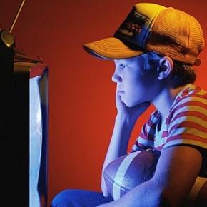 Почему десятилетние мальчики смотрят порно?