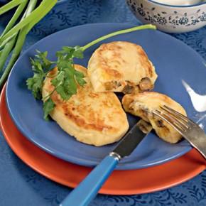 Картофельные зразы с капустой и грибами