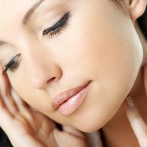 Употребление каких продуктов влияет на появления прыщей на коже?
