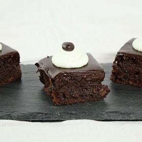 Кофейно-шоколадные брауни с помадкой
