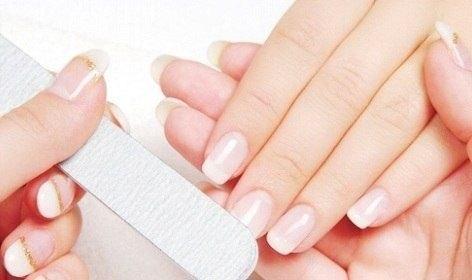 Что сделать для того чтобы ногти не слоились и не ломались в домашних условиях