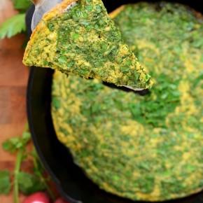 Иранский омлет с зеленью «Куку сабзи»