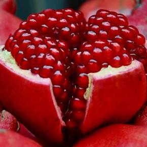 Какой фрукт нужно обязательно есть в декабре?