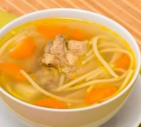 Куриный суп поможет при простуде