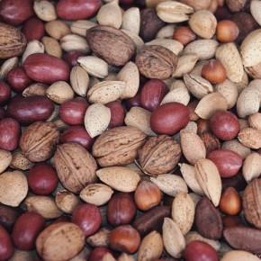 Орехи понижают уровень холестерина и давление