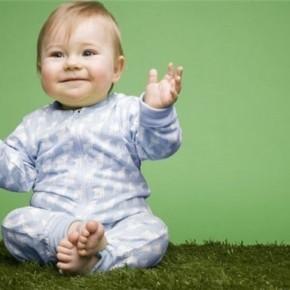 Развивающие потешки для малышей с использованием рук