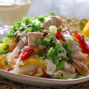 Салат с куриным филе «Радуга»
