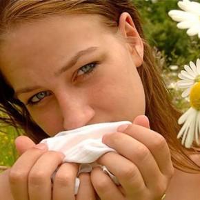 Как лечить аллергию народными средствами?