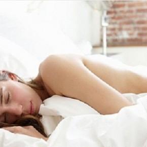 Польза сна голышом