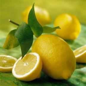 Меню молодости: лимоны, салат и морковь