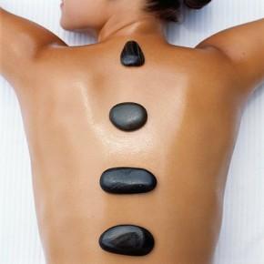 Стоун массаж: терапия горячими камнями