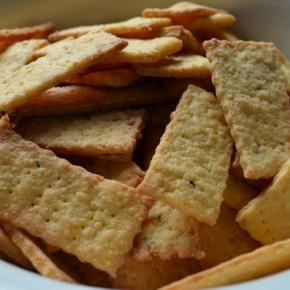 Печенье с сыром (крекер)