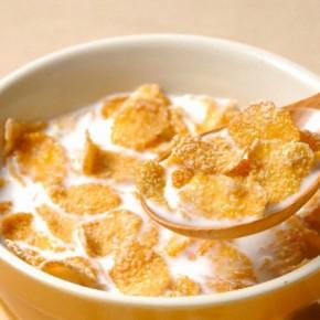Медики советуют отказаться от распространенных детских завтраков