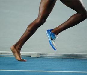 Бег босиком – бежим к здоровью или к болезни?