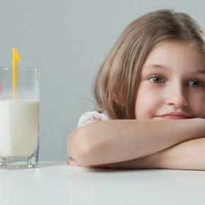 10 симптомов непереносимости лактозы у детей